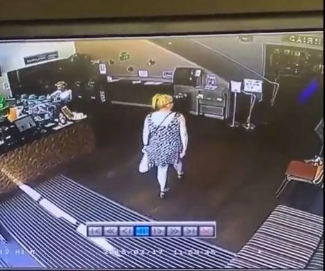 caca magasin public